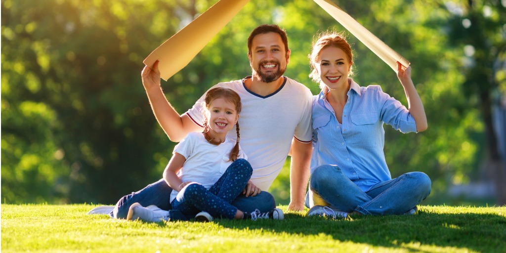concept-of-mortgage-and-housing-for-families-mother-father-and-child-picture-id1154649500 (1)